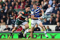 Ruaridh McConnochie of Bath Rugby looks to pass the ball. Gallagher Premiership match, between Leicester Tigers and Bath Rugby on May 18, 2019 at Welford Road in Leicester, England. Photo by: Patrick Khachfe / Onside Images