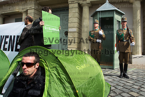 Members of opposition party LMP demonstrate requesting Hungarian president Pal Schmitt to rsign from his office in Budapest, Hungary on March 30, 2012. ATTILA VOLGYI