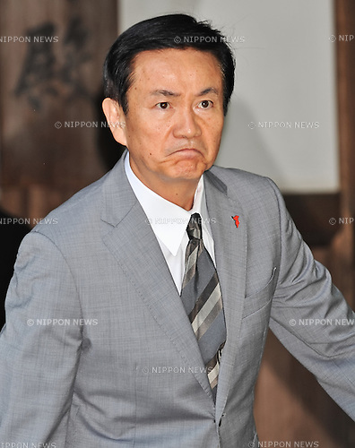 August 15, 2013, Tokyo, Japan : Chiba prefectural governor, Kensaku Morita visits Yasukuni Shrine to pay his respects for the war dead on August 15, 2013 in Tokyo, Japan. (Photo by AFLO)