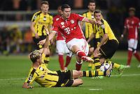 FUSSBALL  DFB POKAL FINALE  SAISON 2015/2016 in Berlin FC Bayern Muenchen - Borussia Dortmund         21.05.2016 Erik Durm (li, Borussia Dortmund) gegen Robert Lewandowski (re, FC Bayern Muenchen)