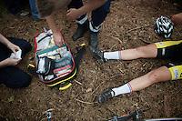 Yara Kastelijn (NLD) getting medical assistance after she crashed<br /> <br /> GP Neerpelt 2014