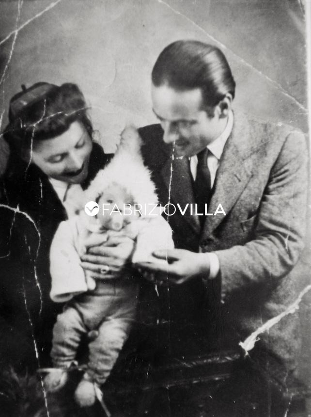 JOSE' VAN ROY DALI', figlio del celebre pittore catalano Salvador Dalì Domenech e della sua consorte Elena Deluvina Diakonov (Gala).
