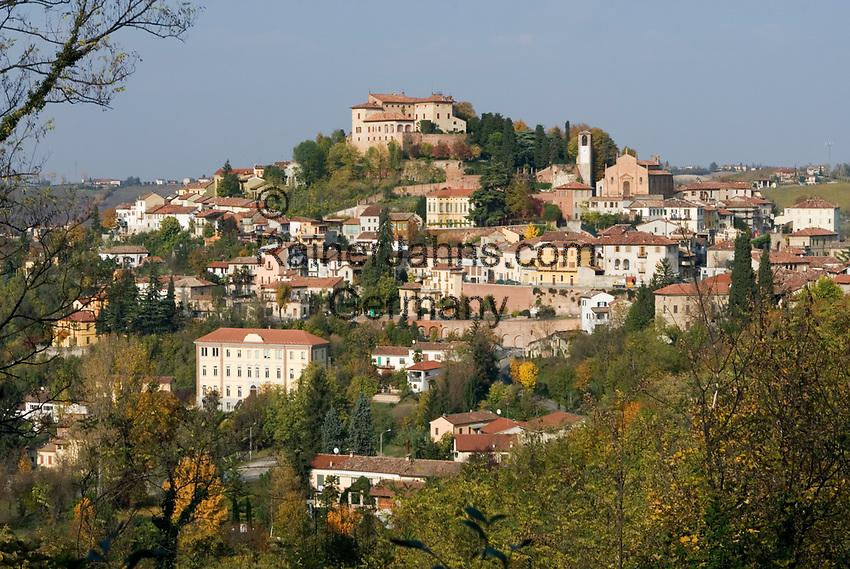 Italien, Piemont, Ozzano Monferrato: Wein- und Trueffelregion | Italy, Piedmont, Ozzano Monferrato: wine and truffle area