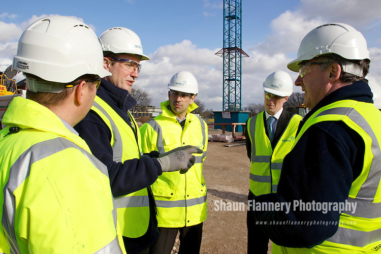 Pix: Shaun Flannery/shaunflanneryphotography.com...COPYRIGHT PICTURE>>SHAUN FLANNERY>01302-570814>>07778315553>>..10th March 2011..............Wates Construction Yorkshire..Site of Doncaster's new  Civic and Cultural Quarter (CCQ), Waterdale.