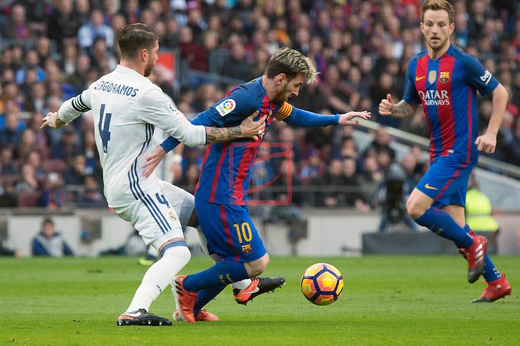 League Santander 2016/2017. Game: 14.<br /> FC Barcelona vs Real Madrid: 1-1.<br /> Sergio Ramos vs Lionel Messi.