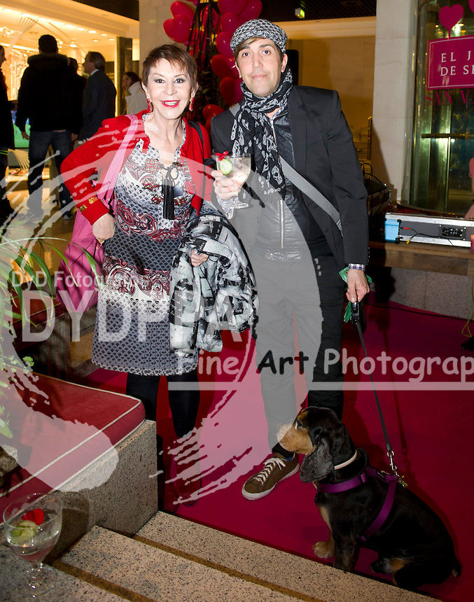 13/02/2013. Madrid. Spain. Serrano Gardens. Pets party with famous people. CArmele Marchante and Compaion
