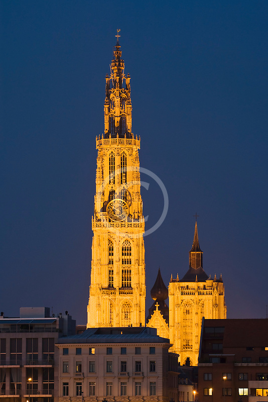 Belgium, Antwerp, Cathedral of Our Lady, Onze Lieve Vrouwekathedraal, at night