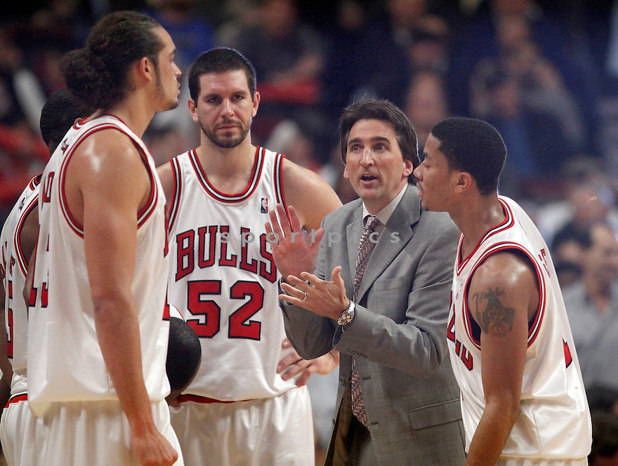 VINNY DEL NEGRO, in action during the Chicago Bulls game against the Detroit Pistons on December 2, 2009 in Chicago, Illinois. Bulls won 92-85..