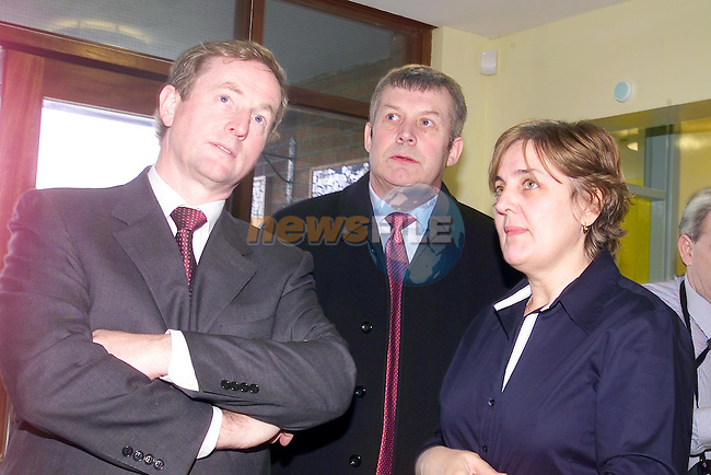 Fergus O'Dowd TD with Fina Gael Leader enda Kenny during there visit to St Itas School with School Principle mairead ??..Picture Fran Caffrey Newsfile...This Picture is sent to you by:..Newsfile Ltd.The View, Millmount Abbey, Drogheda, Co Louth, Ireland..Tel: +353419871240.Fax: +353419871260.GSM: +353862500958.ISDN: +353419871010.email: pictures@newsfile.ie.www.newsfile.ie
