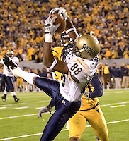 Pittsburgh wide receiver Oderick Turner makes a catch against WVU on December 1, 2007.