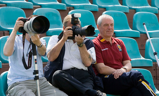 Walter Smith sitting with the snappers at training at Minsk as Scotland take on Belarus
