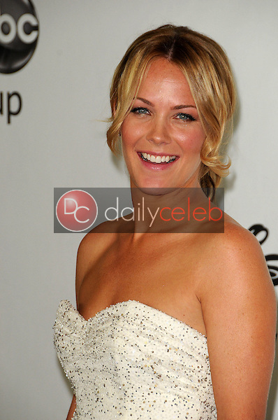 Andrea Anders<br /> at the Disney ABC Television Group Summer 2010 Press Tour - Evening, Beverly Hilton Hotel, Beverly Hills, CA. 08-01-10<br /> David Edwards/Dailyceleb.com 818-249-4998