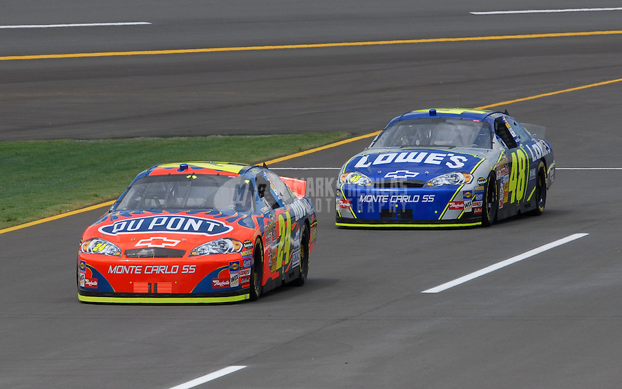 Apr 27, 2007; Talladega, AL, USA; Nascar Nextel Cup Series driver Jeff Gordon (24) leads teammate Jimmie Johnson (48) during practice for the Aarons 499 at Talladega Superspeedway. Mandatory Credit: Mark J. Rebilas