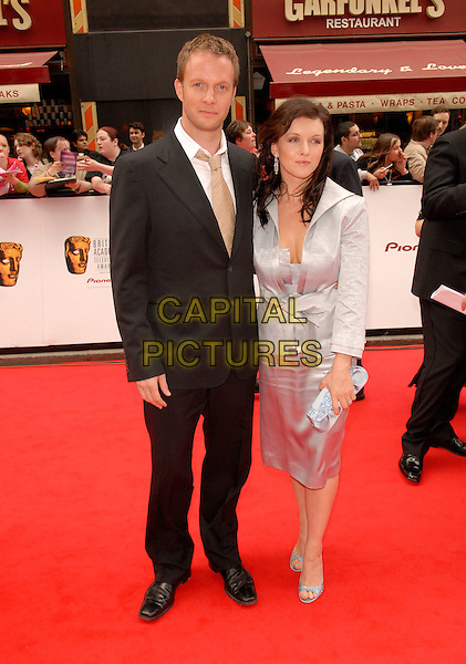 GUESTS.Red Carpet Arrivals at The British Academy Television Awards (BAFTA) Sponsored by Pioneer, held at the London Palladium, London, England, May 20th 2007..full length.CAP/FIN.©Steve Finn/Capital Pictures.