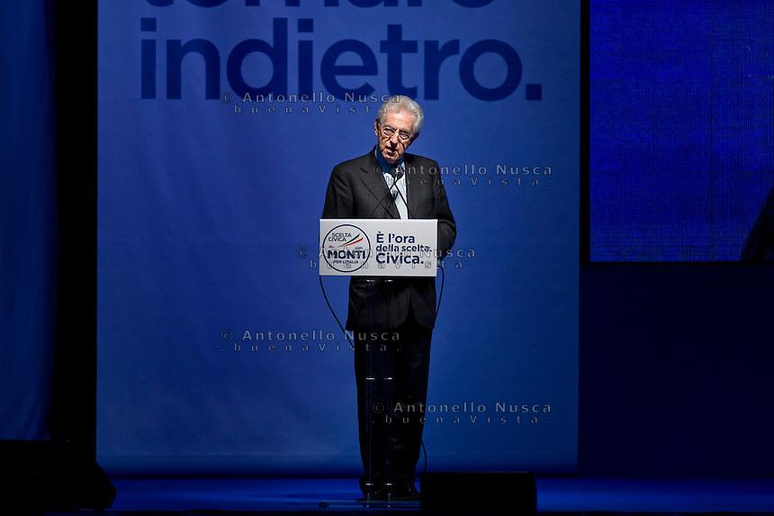 """Rome, 15 Febbraio, 2013. Il Presidente del Consiglio uscente Mario Monti durante la campagna elettorale per l'allenza di centro """"Con Monti per l'Italia"""" e la Scelta Civica con la Lista Civica"""