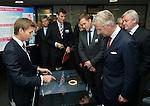 Roi Philippe en viste chez AGC Glass à Gosselies