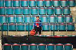 Stockholm 2014-10-14 Ishockey Hockeyallsvenskan AIK - Malm&ouml; Redhawks :  <br /> Ensam Malm&ouml; Redhawks supporter p&aring; Hovet under matchen mellan AIK och Malm&ouml; Redhawks <br /> (Foto: Kenta J&ouml;nsson) Nyckelord:  AIK Gnaget Hockeyallsvenskan Allsvenskan Hovet Johanneshov Isstadion Malm&ouml; Redhawks supporter fans publik supporters inomhus interi&ouml;r interior