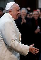 Papa Francesco arriva in Piazza di Spagna per la celebrazione della Solennita' dell'Immacolata Concezione, a Roma, 8 dicembre 2014.<br /> Pope Francis arrives to celebrate the Immaculate Conception feast, in Rome, 8 December 2014.<br /> UPDATE IMAGES PRESS/Isabella Bonotto<br /> <br /> STRICTLY ONLY FOR EDITORIAL USE