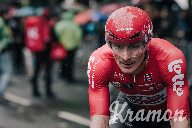 Andr&eacute; Greipel (DEU/Lotto-Soudal) finishing<br /> <br /> 104th Tour de France 2017<br /> Stage 1 (ITT) - D&uuml;sseldorf &rsaquo; D&uuml;sseldorf (14km)
