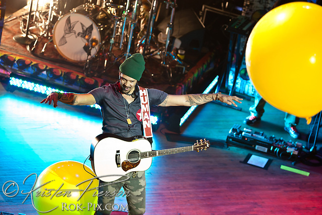 Michael Franti and Spearhead