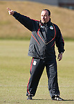 10.03.2010, Melwood Training Ground, Liverpool, ENG, UEFA EL, Liverpool FC Training, im Bild Liverpool's manager Rafael Benitez gibt Anweisungen, erzeigt wo es lang geht, EXPA Pictures © 2010, PhotoCredit: EXPA/ Propaganda/ D. Rawcliffe