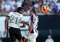 SAO PAULO SP, 14 Julho 2013 - Corinthians x Atletico MG.   Lance com Edenilson   durante partida valida pela setima rodada do campeonato brasileiro de 2013  no Estadio do Pacaembu em  Sao Paulo, neste domingo , 14. (FOTO: ALAN MORICI / BRAZIL PHOTO PRESS).