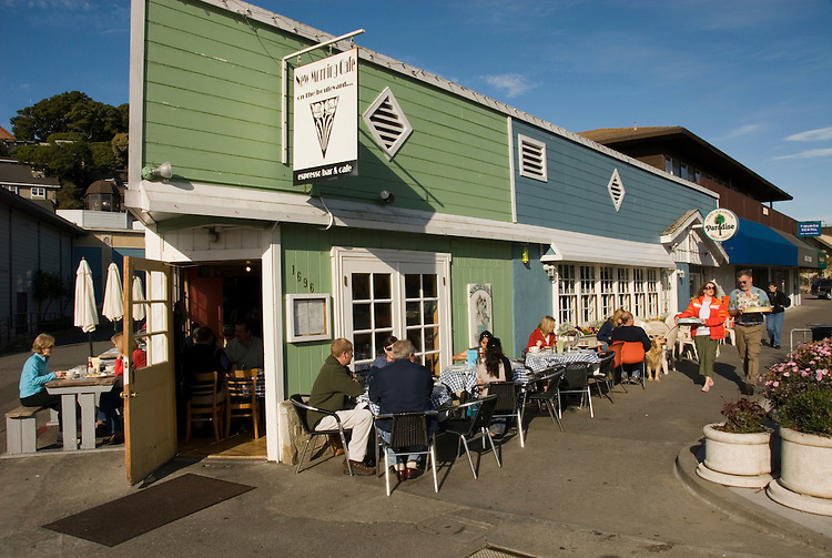 Outdoor breakfast. City of Tiburon on San Francisco Bay, CA, California.  Appealing community on Marin side with breakfast places, sailboats, outdoor dining, houses with scenic views, views of the Golden Gate, cormorant birdlife, public sculptures, a railroad museum, boutique art shops, and an historic China Cabin building from an ex-ship..Photo camari259-70305..Photo copyright Lee Foster, www.fostertravel.com, 510-549-2202, lee@fostertravel.com.