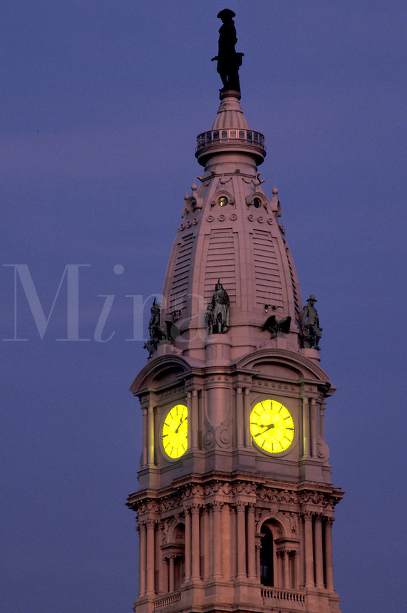AJ4298, Philadelphia, city hall, Pennsylvania, William Penn stands on top of the clock tower of City Hall in downtown Philadelphia at night in the state of Pennsylvania.