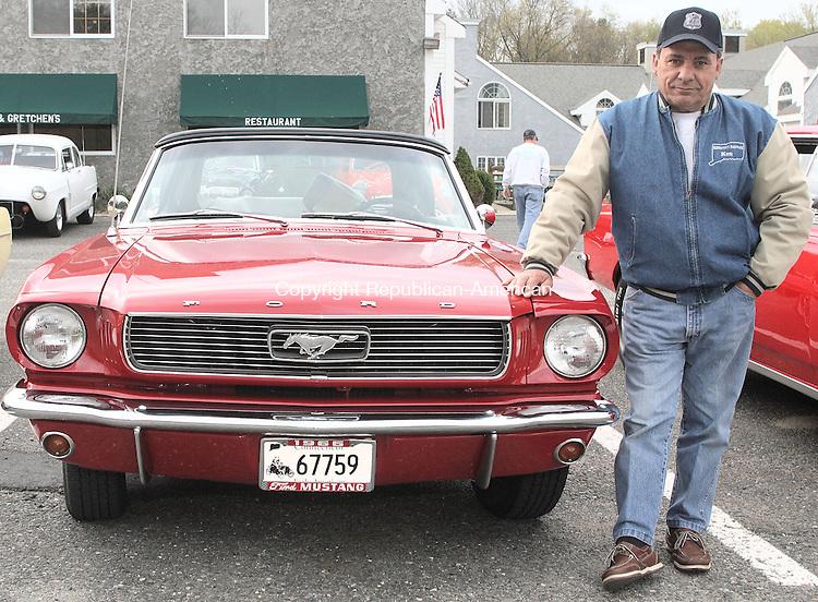 Woodbury, CT-01 MAY 2008-050108MK54 Ken Stanco with his 196- Mustang Waterbury. 203-509 5638. (Michael Kabelka / Republican-American  ()CQ