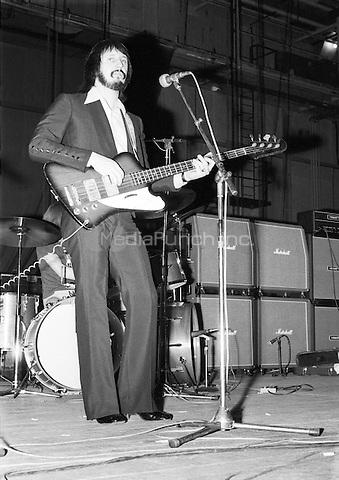 John Entwistle / Ox Rehearing his band The Ox at Shepperton Studios, London 1973. Credit: Ian Dickson/MediaPunch