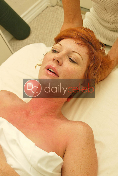 Cynthia Basinet<br /> at the &quot;Beauty By Andre&quot; Oscar Beauty Spa, West Hollywood, CA 02-25-05<br /> David Edwards/DailyCeleb.com 818-249-4998