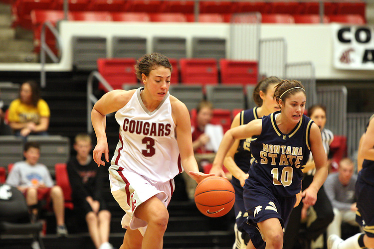 Rosie Tarnowski (#3), Washington State University freshman guard/forward, brings the ball up court during the Cougars game against Montana State in Pullman, Washington, on November 23, 2008.  WSU defeated the Bobcats 78-66.