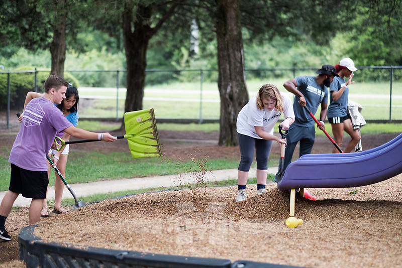 Service Dawgs Day 2017 - student volunteers at the Child Development Center.<br />  (photo by Megan Bean / &copy; Mississippi State University)