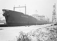Januari 1964.  Tanker Esso Brussels.