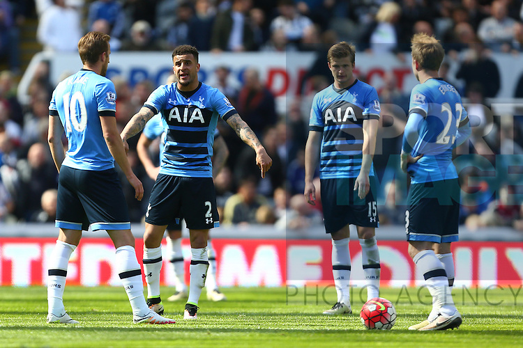 Tottenham's Kyle Walker lays down the law following Newcastle's second goal during the Barclays Premier League match at St James' Park. Photo credit should read: Philip Oldham/Sportimage