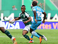 PALMIRA - COLOMBIA, 27-10-2018: Andres Balanta (Izq) del Deportivo Cali disputa el balón con Juan Mezu (Der) de Jaguares de Córdoba durante partido por la fecha 17 de la Liga Aguila II 2017 jugado en el estadio Palmaseca de Cali. / Andres Balanta (L) player of Deportivo Cali fights for the ball with Juan Mezu (R) player of Jaguares de Cordoba during match for the date 17 of the Aguila League II 2017 played at Palmaseca stadium in Cali.  Photo: VizzorImage/ Nelson Rios / Cont