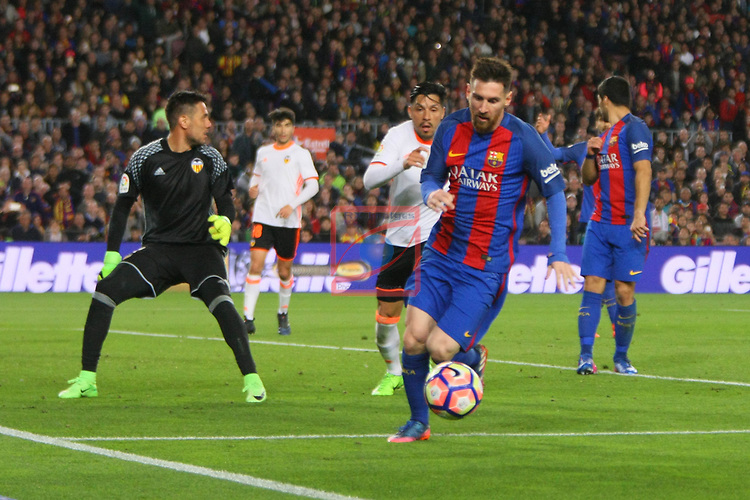 League Santander 2016/2017. Game: 28.<br /> FC Barcelona vs Valencia CF: 4-2.<br /> Diego Alves, Enzo Perez &amp; Lionel Messi.