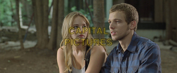 JENNIFER LAWRENCE, MAX THIERIOT.in House at the End of the Street (2012).*Filmstill - Editorial Use Only*.CAP/FB.Supplied by Capital Pictures.