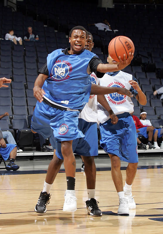 PG Isaiah Thomas (South Kent, CT / South Kent Preparatory) shoots the ball during the NBA Top 100 Camp held Saturday June 23, 2007 at the John Paul Jones arena in Charlottesville, Va. (Photo/Andrew Shurtleff)