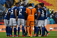 BOGOTA - COLOMBIA - 04 – 03 - 2018: Los jugadores de Millonarios, durante partido de la fecha 6 entre Millonarios y America de Cali, por la Liga Aguila I 2018, jugado en el estadio Nemesio Camacho El Campin de la ciudad de Bogota. / The players of Millonarios during a match of the 6th date between Millonarios and America de Cali, for the Liga Aguila I 2018 played at the Nemesio Camacho El Campin Stadium in Bogota city, Photo: VizzorImage / Luis Ramirez / Staff.
