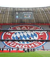 Logo des FC Bayern und der Ankündigung des 1. UEFA Nations League Spiels auf der Tribüne der Allianz Arena - 06.09.2018: Deutschland vs. Frankreich, Allianz Arena München, UEFA Nations League, 1. Spieltag