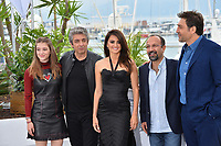 Carla Campra, Ricardo Darin, Penelope Cruz, Asghar Farhadi &amp; Javier Bardem at the photocall for &quot;Everybody Knows&quot; at the 71st Festival de Cannes, Cannes, France 09 May 2018<br /> Picture: Paul Smith/Featureflash/SilverHub 0208 004 5359 sales@silverhubmedia.com