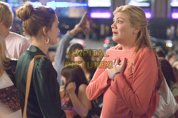 DREW BARRYMORE & KRISTEN JOHNSON.in Music and Lyrics .**Editorial Use Only**.CAP/FB.Supplied by Capital Pictures