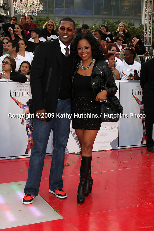 "Flex Alexander & Shanice Wilson.arriving at the ""This is It"" Premiere.Nokia Theater at LA Live.Los Angeles,   CA.October 27, 2009.©2009 Kathy Hutchins / Hutchins Photo."