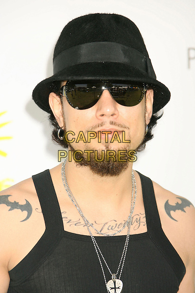 """DAVE NAVARRO.""""A Time For Heroes"""" Sponsored by Disney to Benefit the Elizabeth Glaser Pediatric AIDS Foundation held at Wadsworth Theater, Westwood, California, USA,.10 June 2007..portrait headshot beard black cap hat  vest necklaces sunglasses.CAP/ADM/RE.©Russ Elliot/AdMedia/Capital Pictures."""