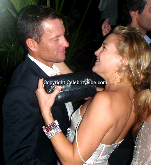 **EXCLUSIVE**.Kate Hudson & Lance Armstrong together all night kissing and dancing at Dolce & Gabbana Party.2008 Cannes Film Festival.Baoli Restaurant.Cannes, France .Friday, May 23, 2008.Photo By Celebrityvibe.com/ CelebrityRadar.com.To license this image please call (212) 410 5354; or Email: celebrityvibe@gmail.com ;.website: www.celebrityvibe.com