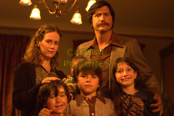 Sarah Paulson, Ken Marino, Caroline Hunter Wallis, Jonny Pickett, Alex Pickett and Andrew Cherry <br /> in Diggers (2006) <br /> *Filmstill - Editorial Use Only*<br /> CAP/NFS<br /> Image supplied by Capital Pictures