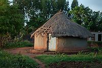 An abandoned hut in Laibi, Gulu Municipality, Gulu District.