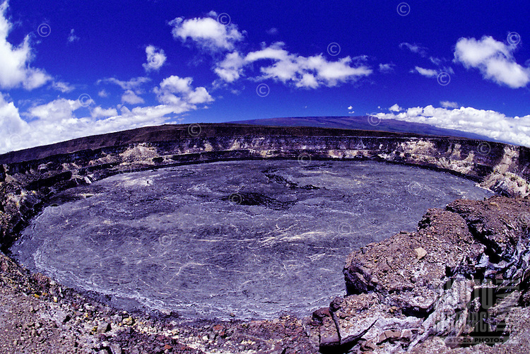 Kilauea Caldera: Hawaii Volcanoes National Park, Big Island