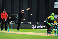 Todd Astle bowls during the One Day International cricket match between the NZ Black Caps and Pakistan at the Basin Reserve in Wellington, New Zealand on Saturday, 6 January 2018. Photo: Dave Lintott / lintottphoto.co.nz